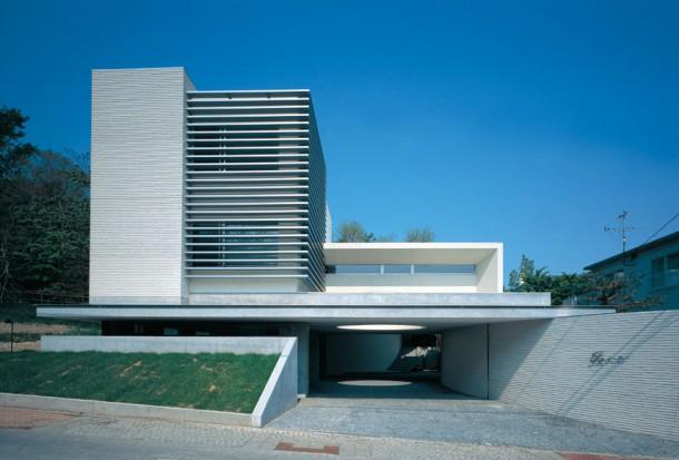 曲線美の家